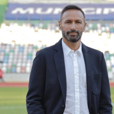 Discurso forte e convicções firmadas na apresentação do novo treinador